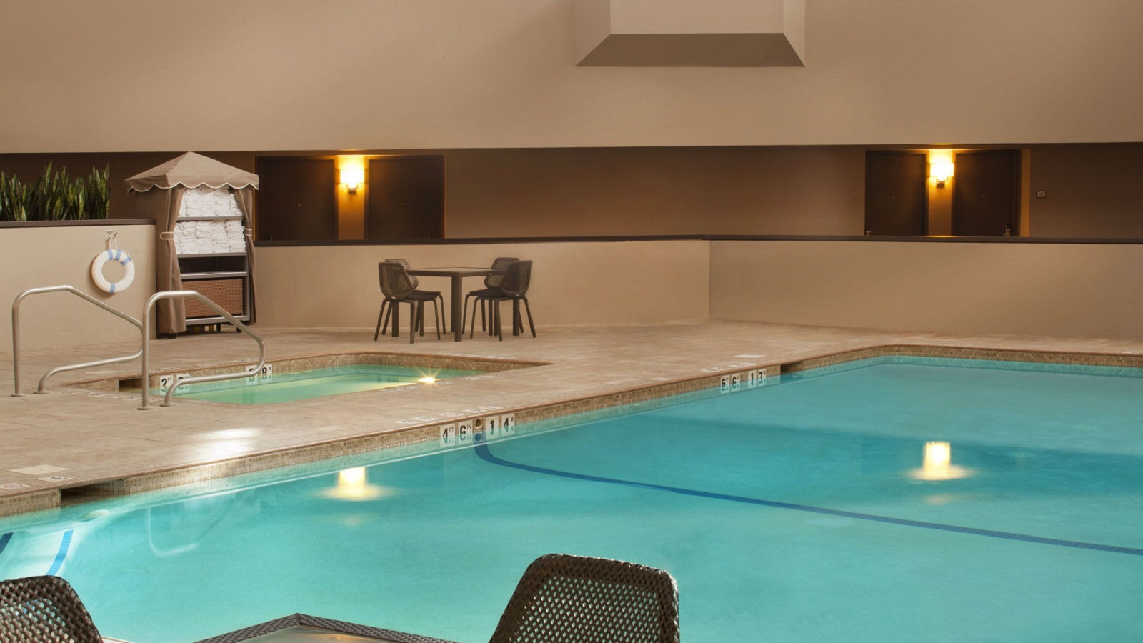 Pool-Side Guestrooms
